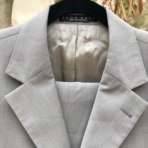 NW Hugo Boss 2 piece Suit, Sz 40R